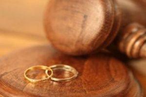 DIVORCE ET ADULTERE